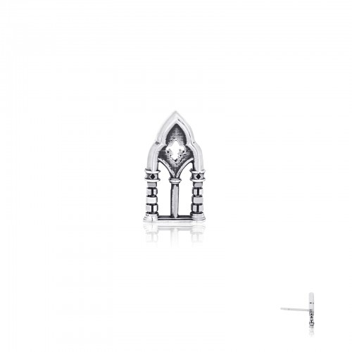 The Conqueror's Arch Stud Earring GM